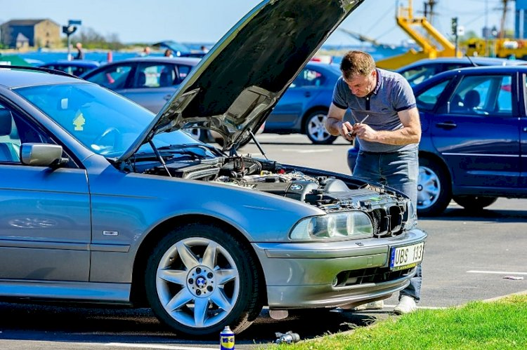 How to Choose A BMW Specialist Repairman?