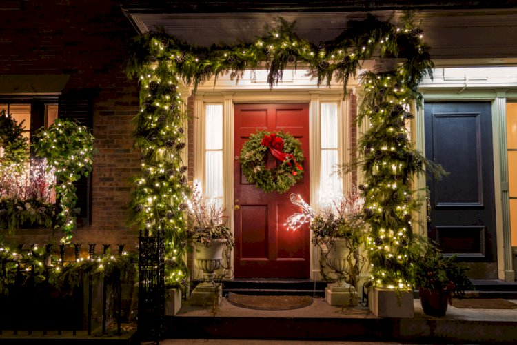 The Ultimate Guide For Outdoor Christmas Lighting Decoration