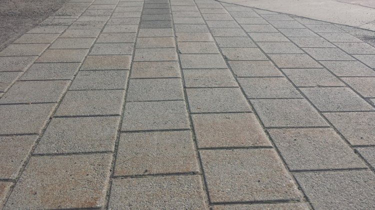 How to identify the most suitable natural stone supplier