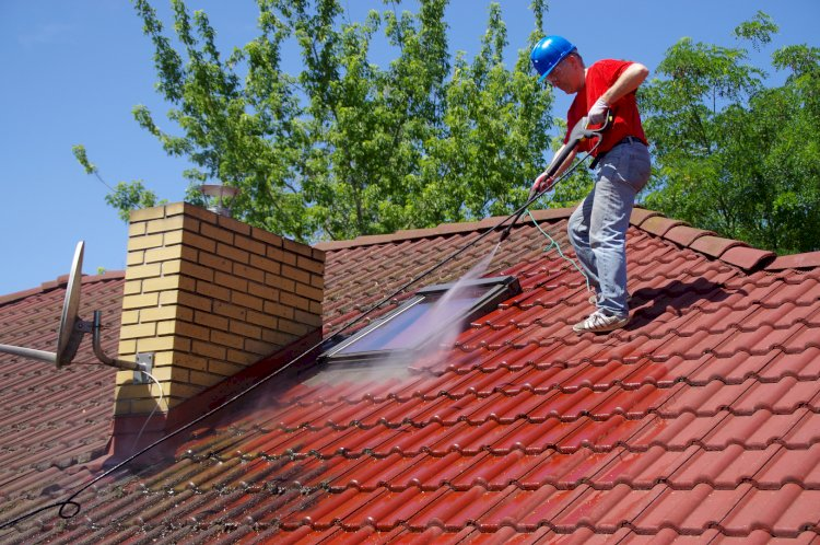 Learn Top Benefits of Maintaining House Roof by Cleaning Expert