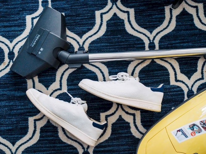 Top 7 Best Carpet Shampooer for Stairs [Buyer Guide-2021]