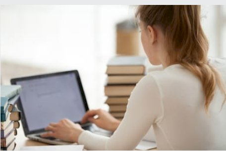 What Are The Characteristics Of Writing An Academic Thesis?