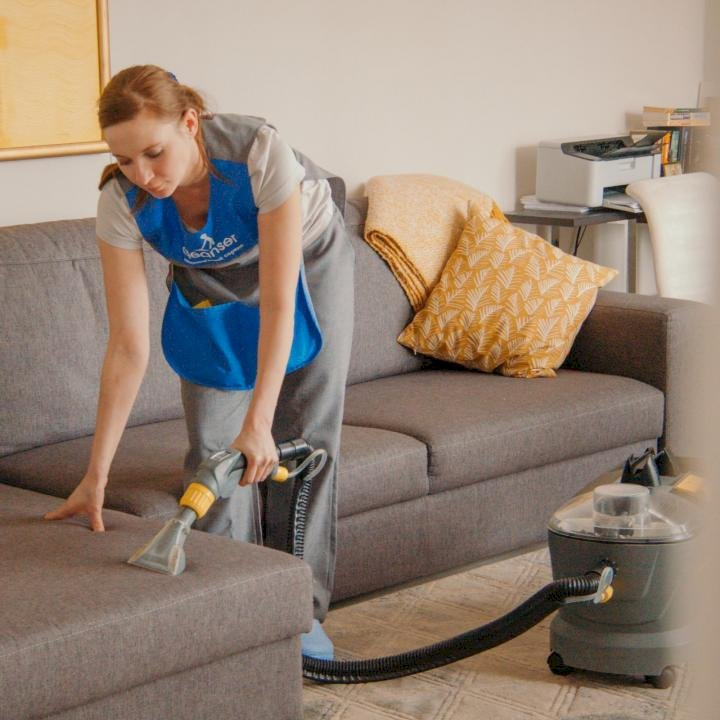 How to do Carpet & Upholstery Cleaning with Steam Cleaner