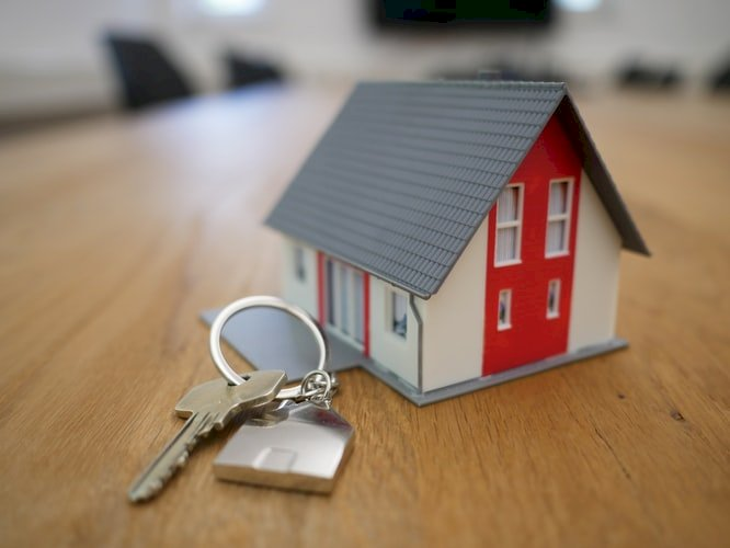 Are you looking for a Real Estate expert to help you with a buy or sell property in Melbourne?