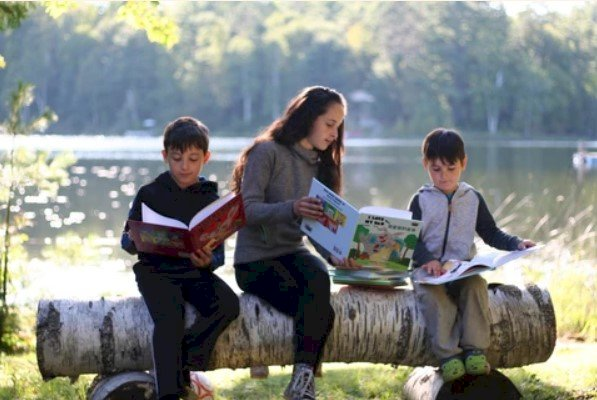 What are bilingual abilities and what are the advantages of being bilingual