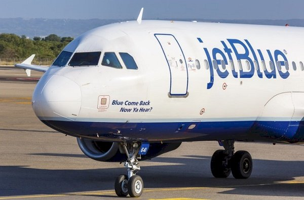 How long does it take to get a refund from JetBlue?