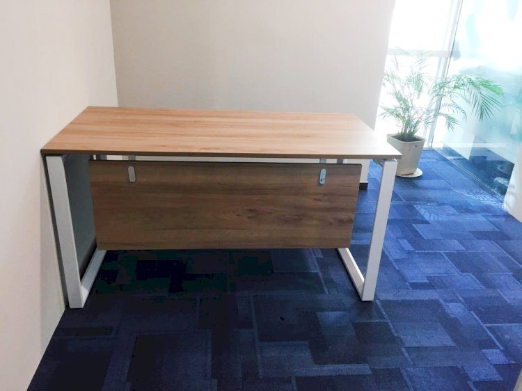 Office Desks - Giving a Different Shape to Your Organization