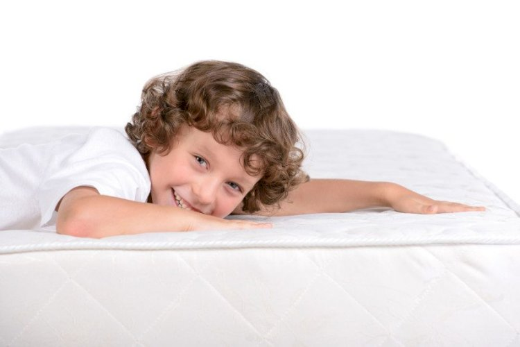 Why Should You Opt For Eco-Friendly Mattress Cleaning?