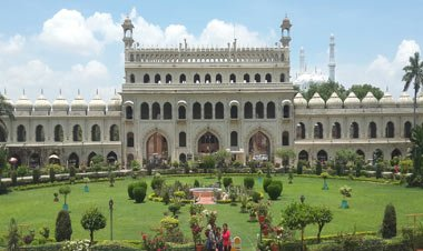 Incredible Tourist Places to Visit in Lucknow