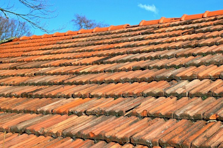 5 Safety Tips - While Doing Roof Restoration