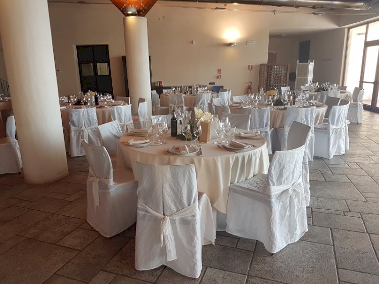 5 Tips You Should Consider When Renting A Corporate Party Hire