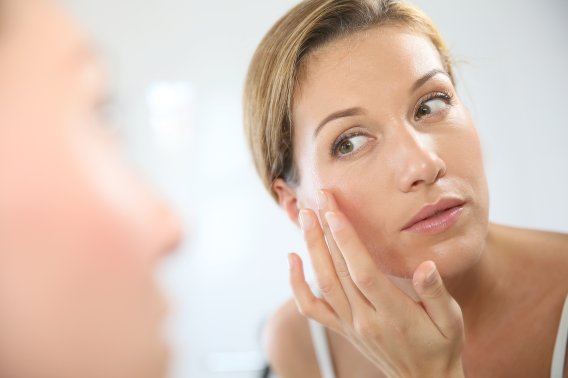 How To Remove Aging Signs From Your Face?